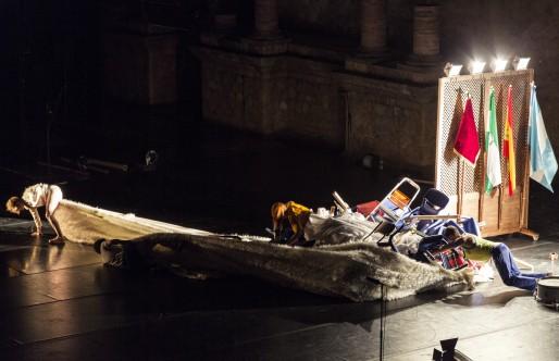 Un paseo 'acostumbrista' por el Teatro Romano de la mano de Mopa