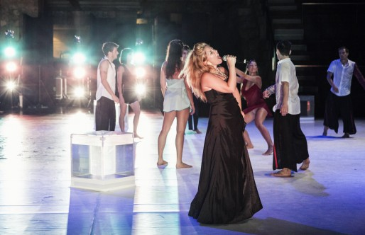 Daniel Cardoso, Director de Quorum Ballet, nos habla en este vídeo sobre «Correr o Fado»